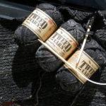ダイソーの毛糸でスヌード
